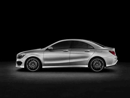 2013 Mercedes-Benz CLA250 2