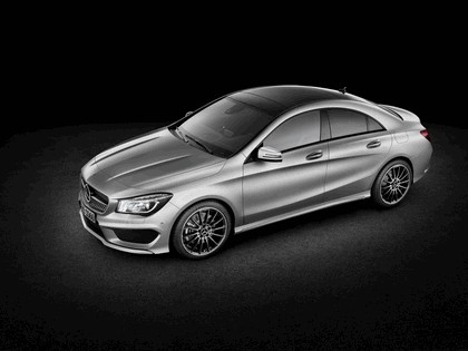 2013 Mercedes-Benz CLA250 11