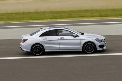 2013 Mercedes-Benz CLA250 14