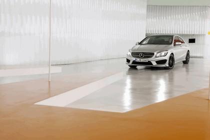 2013 Mercedes-Benz CLA250 30