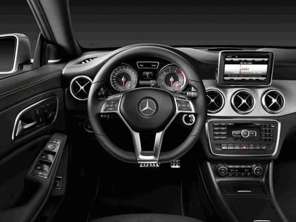 2013 Mercedes-Benz CLA250 32