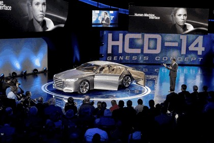 2013 Hyundai HCD-14 Genesis concept 27