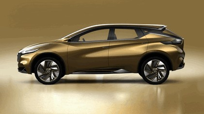 2013 Nissan Resonance concept 2