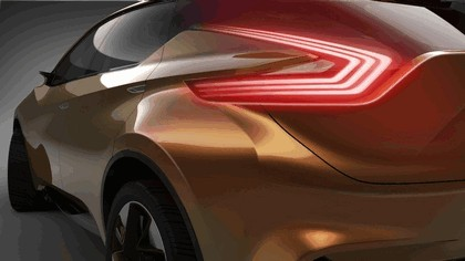 2013 Nissan Resonance concept 8