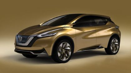 2013 Nissan Resonance concept 4