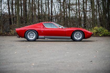 1971 Lamborghini Miura SV 11