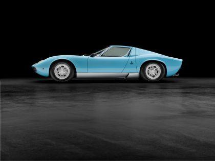 1971 Lamborghini Miura SV 32