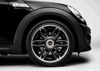 2013 Mini Clubman Cooper S Bond Street - black 9