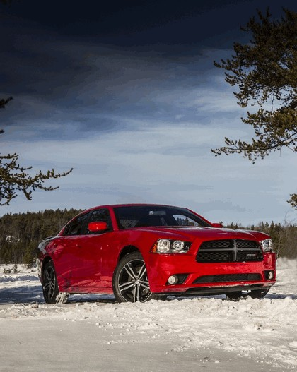 2013 Dodge Charger AWD Sport 13