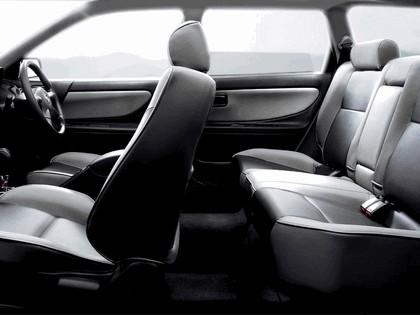 1999 Nissan Avenir 6