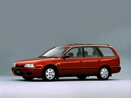 1990 Nissan Avenir ( W10 ) 1