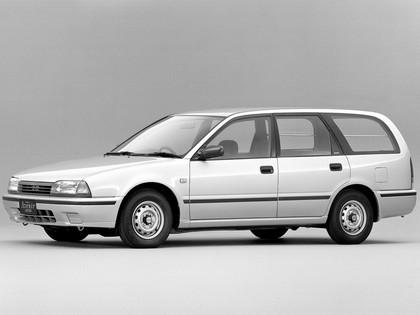 1990 Nissan Avenir ( W10 ) Cargo 1