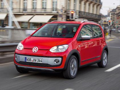 2013 Volkswagen Cross Up 5