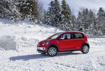 2013 Volkswagen Cross Up 14