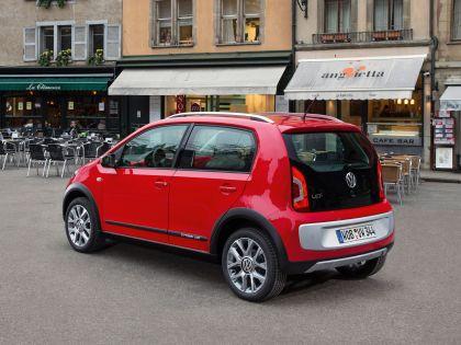 2013 Volkswagen Cross Up 17