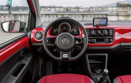 2013 Volkswagen Cross Up 25