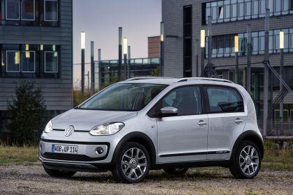 2013 Volkswagen Cross Up 26