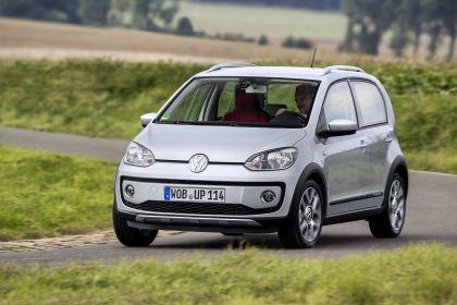 2013 Volkswagen Cross Up 32