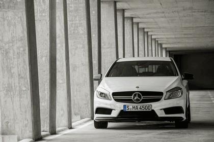 2013 Mercedes-Benz A45 ( W176 ) AMG 1