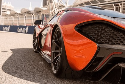 2013 McLaren P1 8