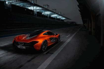 2013 McLaren P1 9