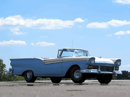 1957 Ford Fairlane 500 Skyliner retractable hardtop 6