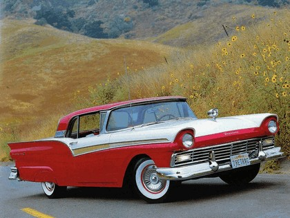 1957 Ford Fairlane 500 Skyliner retractable hardtop 7