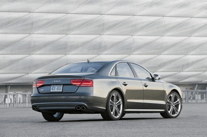 2013 Audi S8 4.0 TFSI - USA version 5