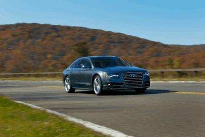 2013 Audi S8 4.0 TFSI - USA version 13