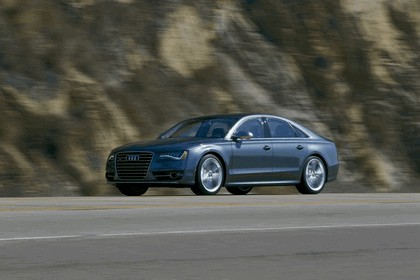 2013 Audi S8 4.0 TFSI - USA version 22