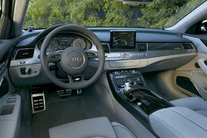 2013 Audi S8 4.0 TFSI - USA version 39