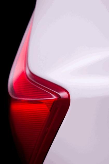 2013 Nissan Note ( E12 ) 11