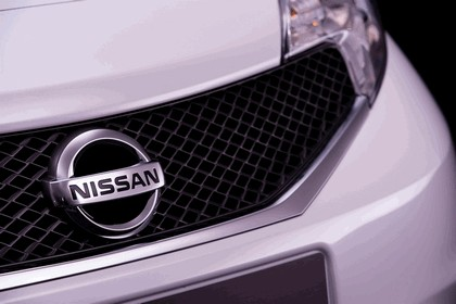 2013 Nissan Note ( E12 ) 13