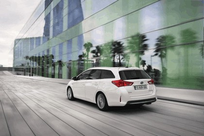 2013 Toyota Auris Touring Sports 8