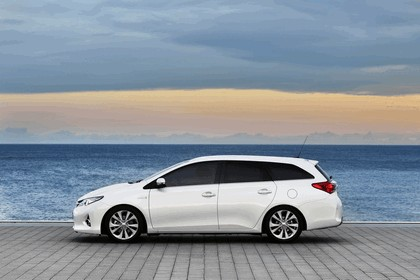 2013 Toyota Auris Touring Sports 14