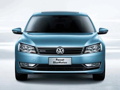 2013 Volkswagen Passat BlueMotion - China version 3