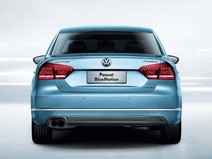 2013 Volkswagen Passat BlueMotion - China version 4