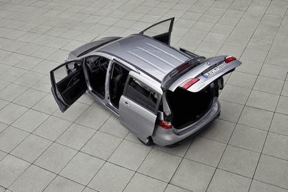 2013 Mazda 5 6