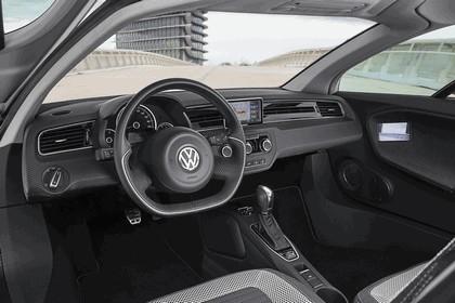 2013 Volkswagen XL1 13