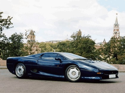 1989 Jaguar XJ220 12