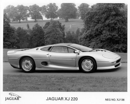 1989 Jaguar XJ220 38