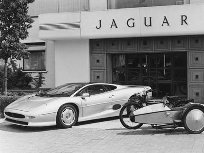 1989 Jaguar XJ220 51