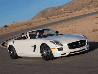 2012 Mercedes-Benz SLS 63 AMG GT roadster - USA version 8