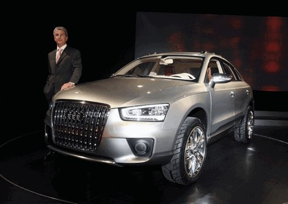 2007 Audi Cross Coupe quattro concept 32