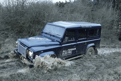 2013 Land Rover Defender - electric research vehicle 5