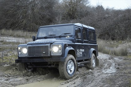 2013 Land Rover Defender - electric research vehicle 7