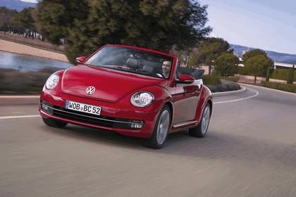 2013 Volkswagen Beetle cabriolet 2