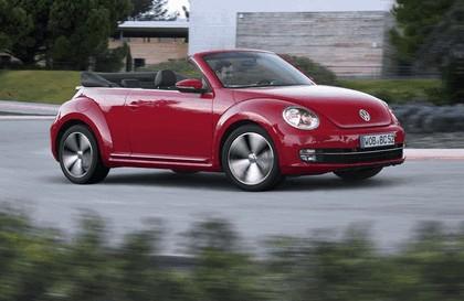 2013 Volkswagen Beetle cabriolet 3