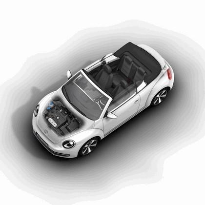 2013 Volkswagen Beetle cabriolet 32