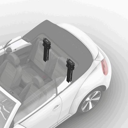 2013 Volkswagen Beetle cabriolet 35